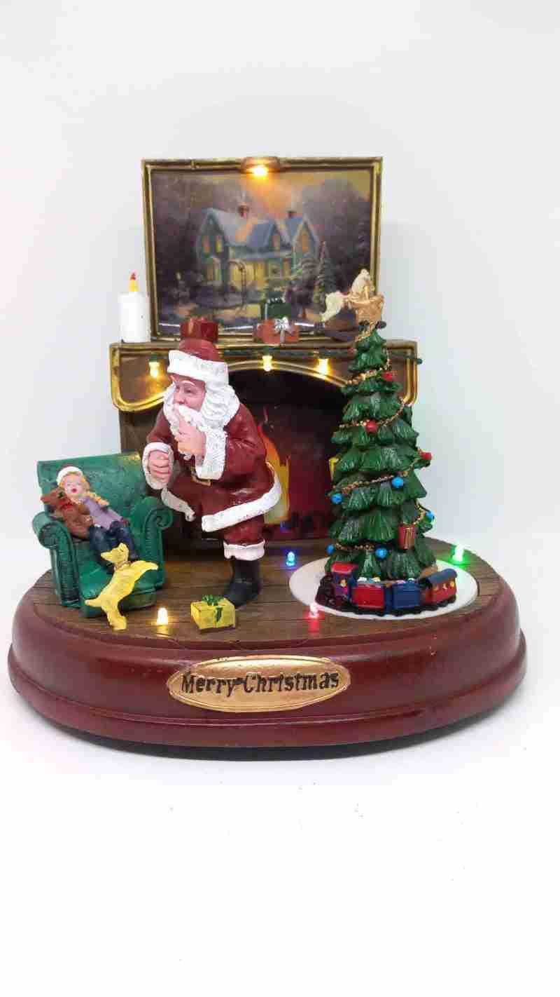 Carillon Babbo Natale con Camino